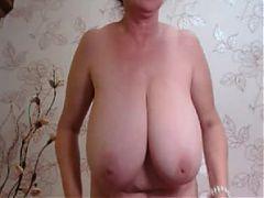 Beautiful tits mature cam girl